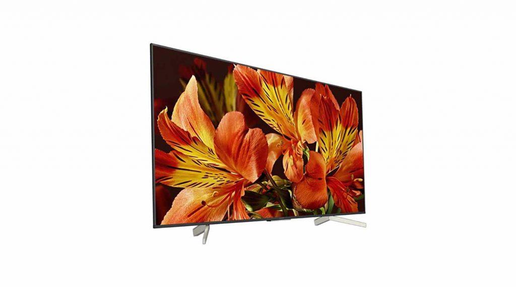 fleurs dans un téléviseur 4K