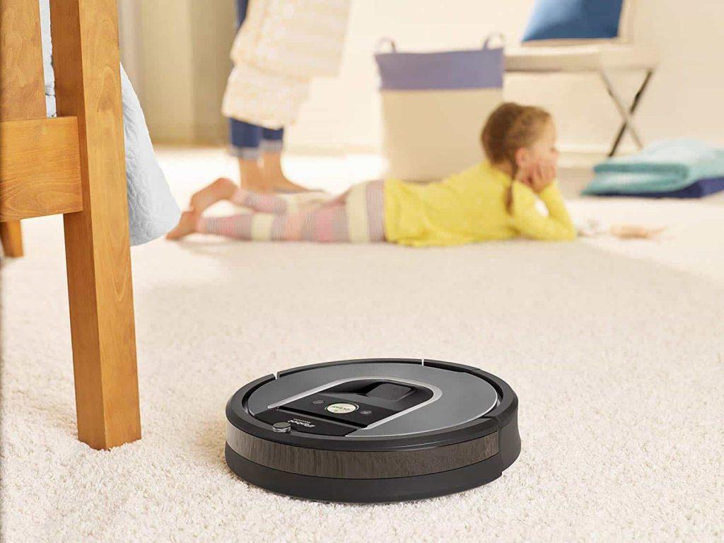 Meilleur aspirateur robot : Roomba 960